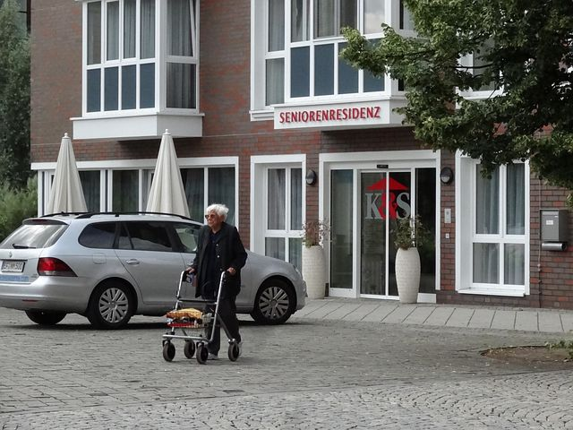Verbände, Gesundheit, Gesundheitspolitik, Pflegeversicherung, Politik, NRW, Pflegedienste, Innenpolitik, Düsseödorf